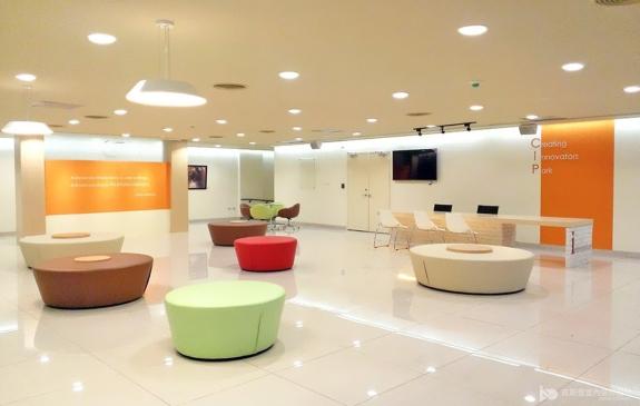 臺北大學圖書資訊大樓創新中心